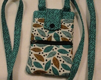 Crossbody Cell Phone Purse, Teal Purse, Cell Phone Accessory, Quilted fabric purse