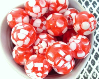 6x Massive 20mm Red and White Round Chip Resin Juicy Globe beads