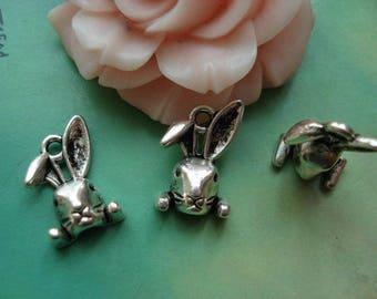 A silver rabbit Alice 9 x 14 mm pendant