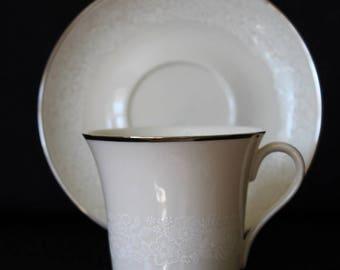 -Teacups & Coffee Cups