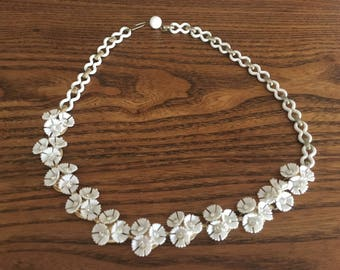 Vintage White Plastic and Clear Rhinestone Flower Choker Necklace 1089
