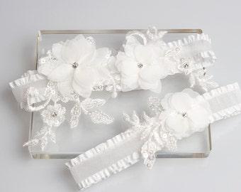 Wedding Garter Set, white garter set, floral garter set, wedding bridal garter set, lace garters, garter set