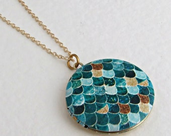 Mermaid Locket .. scales, ocean, round locket, brass locket