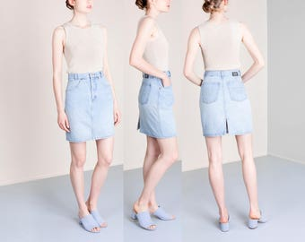 UNITED COLORS of BENETTON denim mini skirt 90s jean skirts Vintage women / Small / size 6 / waist 27 28 inches