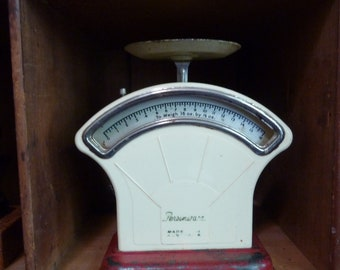 vintage off white & red persinware kitchen scales / australia / farmhouse / vintage kitchen / rustic/vintage kitchen / primitive