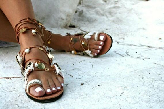 Up Bohemian Sandal Paros Charms Gold Tie Leather UavHPvZq