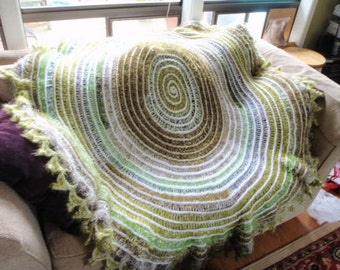 Green Spiral Fuzzy Handmade Blanket Throw Shawl Wrap