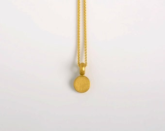 Small Gold Disc Necklace, 22k Solid Gold Pendant, Small Disk Pendant Women's Dainty Gold Bar Charm 22kt Minimal Necklace Gold