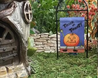Fairy Garden Miniature Halloween Garden Flag & Stand,for Fairy Garden or Potted Plant, Fairy Garden Accessories, Fall Decor, Trick of Treat