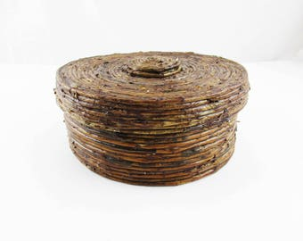 Hand-made Recycled Paper Bowl - Brown Shellaced Paper Bowl - Handy Lidded Bowl Made by Sandra Herrera - Isla Mujeres - Lid With Knob on Bowl