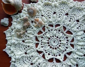 "Off-White crochet doily Round 32 cm / 12,5 "". Crocheted Doily."