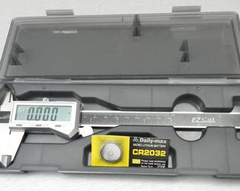 "6"" Digital Electronic Caliper Fractional 3 Way LCD STAINLESS EZ Cal by iGAGING (11E)"