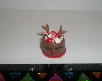 Dollhouse Miniature Handcrafted Christmas Reindeer Dessert Cake Doll Food E30