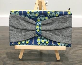 Grey Linen Bow Zipper Pouch Blue Green Tree Print