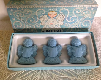 Vintage AVON Angle Lace Hostess Soaps. 3 special occasion fragranced soap.