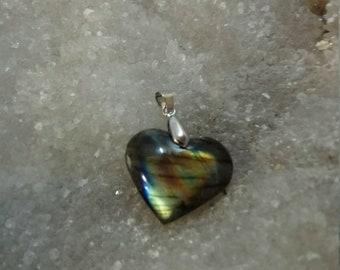 LABRADORITE Rainbow 8.21 Gr - heart pendant