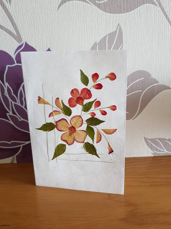 Handmade blank pressed flower floral nature card square floral design