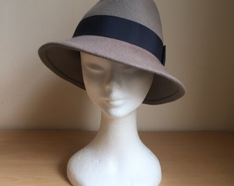 Womens and Mens Felt Trilby Fedora Hat, Classic Hat, Winter Hat, Grey Felt Fedora Hat With Dark Grey Petersham Band and Bow