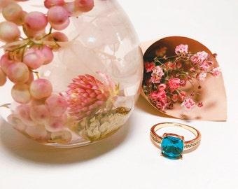 square aquamarine 18K ROSE GOLD ring