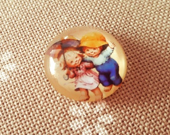 Kids cabochon needle minder for cross stitching/embroidery