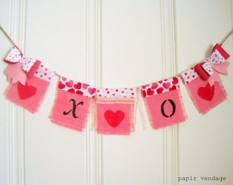 XOXO Valentine Bunting Banner, Pink Valentine Bunting Banner, Burlap Bunting Banner, Valentine Photography Prop, Wedding Banner