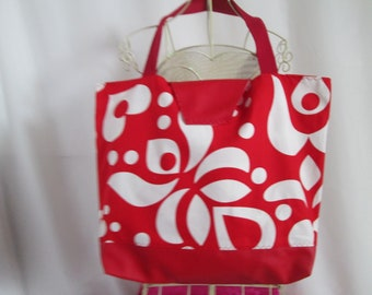 Chic tote bag style fashion bi material faux leather fabric and red with large red flowers