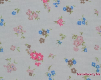 """White Jersey with quality pink and blue flowers """"Petit BATEAU"""""""