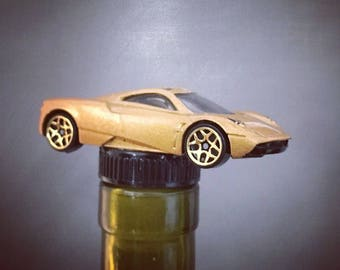Pagani Huayra, Italian Car, Wine Gift, Fast Car, Wine Stopper, Bottle