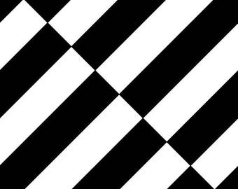 Cool Lines Checkered 9 Mirror Repeat design