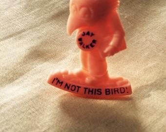Vintage Novelty Pin / 'I'm Not This Bird!' Jay Walker Bird Man Plastic Pin