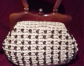 1950s Small Raffia beaded Ladies Handbag with Brown Lucite handles and trim.