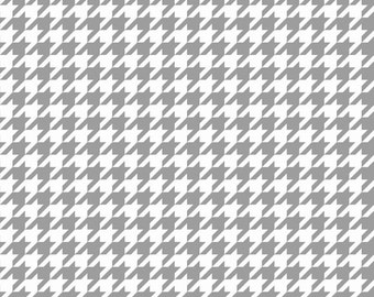 Gray & White Houndstooth Fabric, Riley Blake C970-40 Medium Houndstooth, White and Gray Houndstooth Fabric, Cotton Quilt Fabric