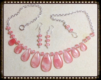 MWL Peach necklace and earring set
