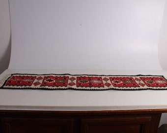 Antique Authentic Chiprovski Carpet, Rug From Early 20th Century.