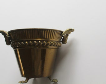 Vintage Round Brass Planter with Claw Feet and Eagle Handles 1970s