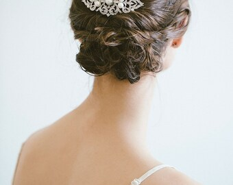 Bridal hair comb, Bridal Headpiece, Vintage hair comb, Silver hair comb, Pearl Hair Comb, Rhinestone bridal hair comb, Bridal hair accessory