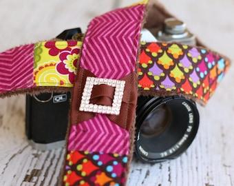 dSLR Camera Strap, Camera Strap,  Padded Camera Strap, Camera Accessories, Custom Camera Strap - Mulberry Chevron and Floral