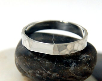 Womens Hammered Wedding Sterling Silver Band, Womens Hammered Sterling Silver Wedding Ring, Hammered Silver Ring
