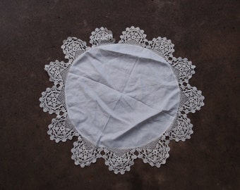 Vintage Doily Crocheted Round White Linen Table Topper Home Decor Wedding