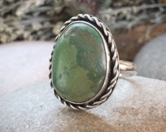 Turquoise Ring, Size 7 1/2, Sterling Silver, December Birthstone