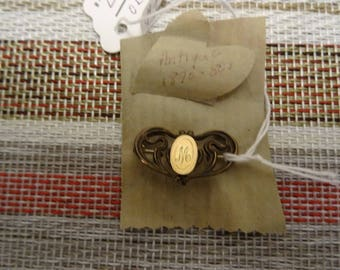 Antique Brooch from the 1800s: In Good Shape and Very Collectible