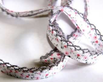 BIAS POLYCOTTON 12MM RED FLOWERS / ROSES