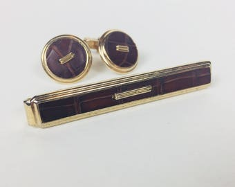 Vintage Swank Cuff Links and Tie Clip Bar Set Faux Leather And Gold Round Business