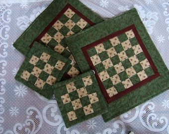 Holiday Quilted Table Mats (Item # 225a, 225b)
