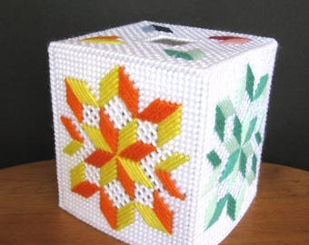 Plastic Canvas Boutique Tissue Box Cover - Quilt Design
