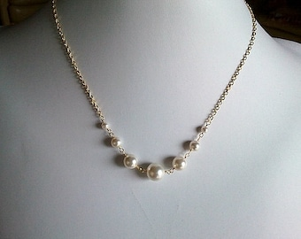 White Pearl Statement Necklace - Simple Line,Bridal, wedding jewelry, bridesmaid gifts, Pendant necklace,
