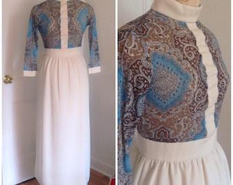 1970s cream and paisley vintage dress, size small, medium 4 6 boho dress, hippie dress, vintage wedding dress, vintage clothing for women