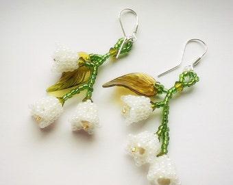 Lily of the Valley Earrings, Lily of the valley jewelry, beaded lily of the valley flower earrings, bead flower earrings, flower earrings,