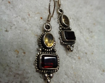 Sterling Silver 925 Earrings with Garnet and Citrine (SV-ER-106)