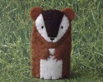 Chipmunk Finger Puppet - Forest Animal Puppet - Woodland Animal Felt Chipmunk Finger Puppet - Chimunk Toy